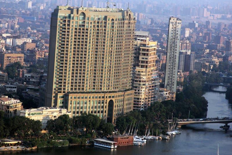 Vogelperspektive von Kairo mit Nil in Ägypten in Afrika stockfotografie