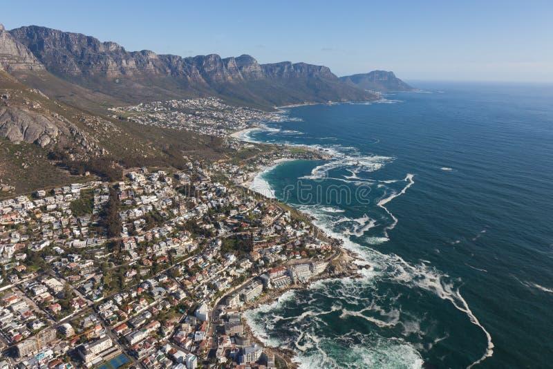 Vogelperspektive von Kapstadt Südafrika von einem Hubschrauber Panoramavogelaugenansicht stockfotos