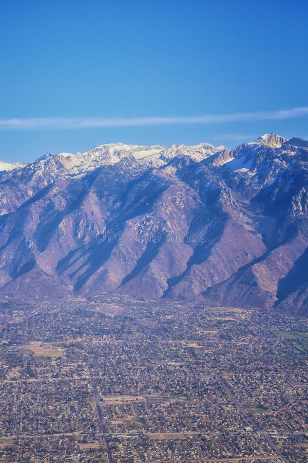 Vogelperspektive von Landschaften Wasatch Front Rocky Mountain auf Flug über Colorado und Utah während des Winters Großartige aus lizenzfreie stockfotografie