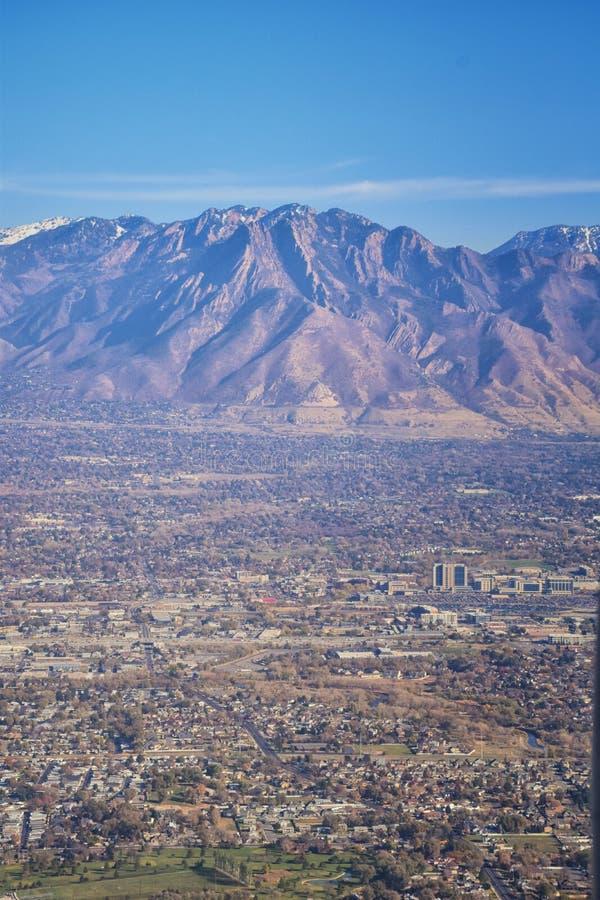 Vogelperspektive von Landschaften Wasatch Front Rocky Mountain auf Flug über Colorado und Utah während des Winters Großartige aus stockbilder