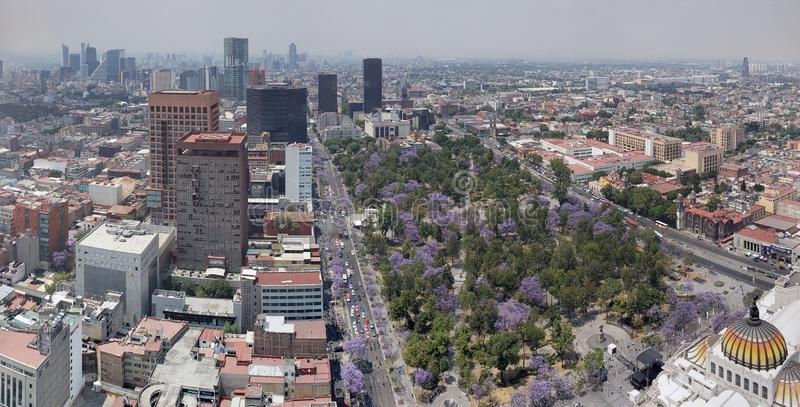Vogelperspektive von Mexiko City in der städtischen Zone lizenzfreie stockfotos