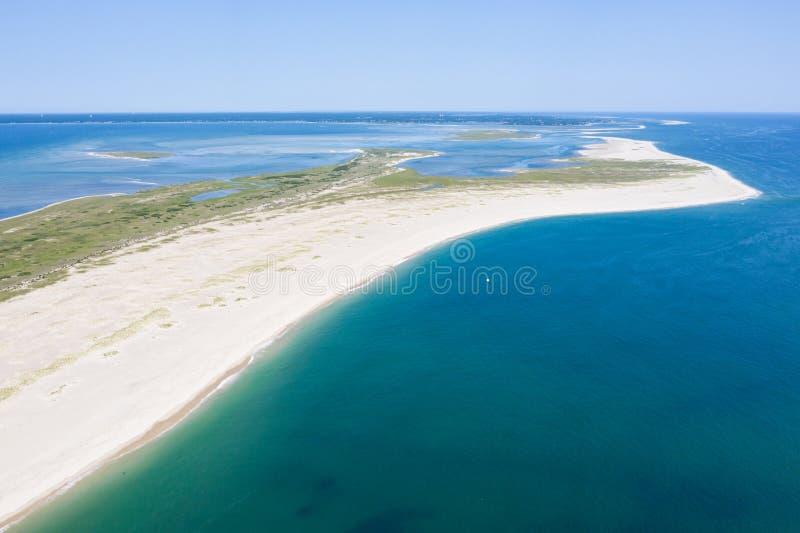Vogelperspektive von Monomoy-Insel auf Cape Cod, MA lizenzfreie stockbilder