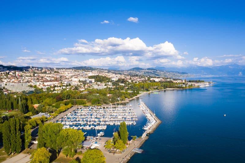 Vogelperspektive von Ouchy-Ufergegend in Lausanne die Schweiz lizenzfreie stockbilder