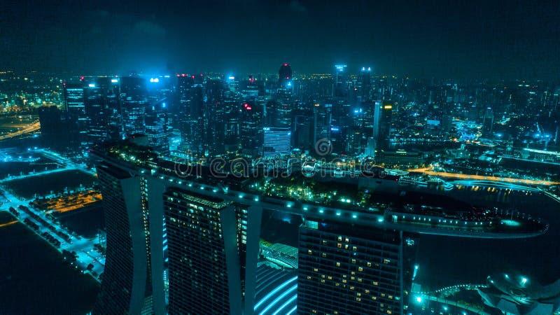 Vogelperspektive von Singapur nachts lizenzfreie stockfotografie