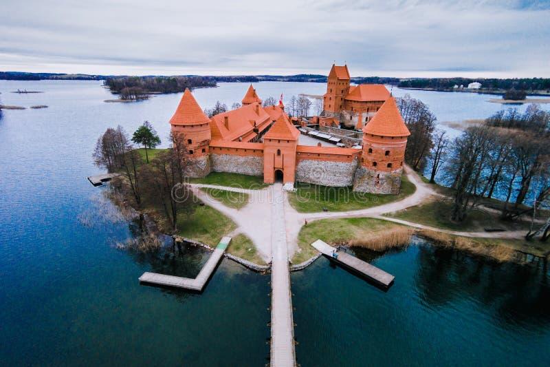 Vogelperspektive von Trakai-Schloss in Litauen lizenzfreie stockfotos