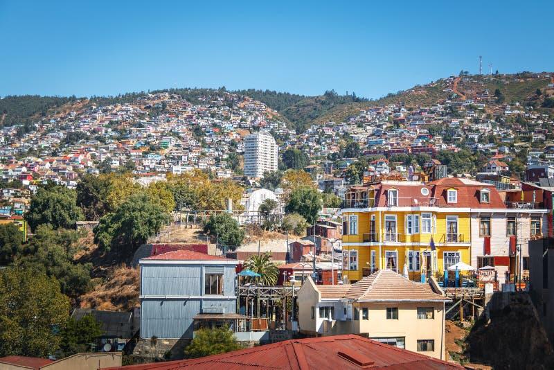 Vogelperspektive von Valparaiso und von Reina Victoria Lift von Hügel Cerros Concepción - Valparaiso, Chile stockfotos