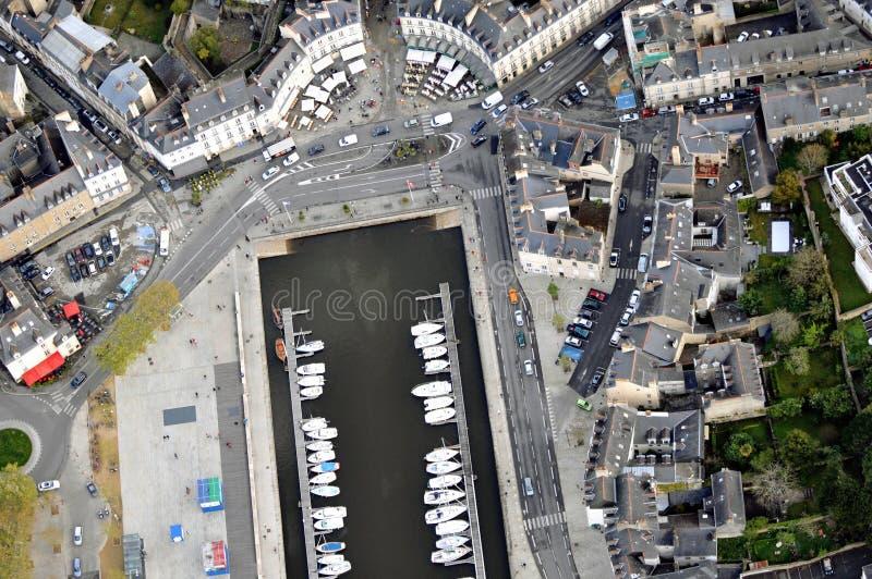 Vogelperspektive von Vannes-Hafen stockbild