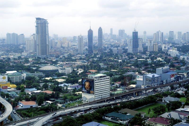 Vogelperspektive von Wohn- und Gewerbegebiete und Einrichtungen in der Metro Manila lizenzfreie stockfotos