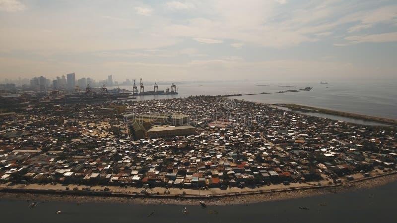 Vogelperspektiveelendsviertel von Manila, das Armenviertel Philippinen, Manila stockfotografie