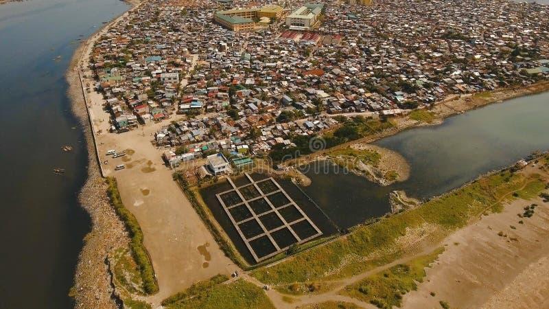 Vogelperspektiveelendsviertel von Manila, das Armenviertel Philippinen, Manila lizenzfreie stockbilder