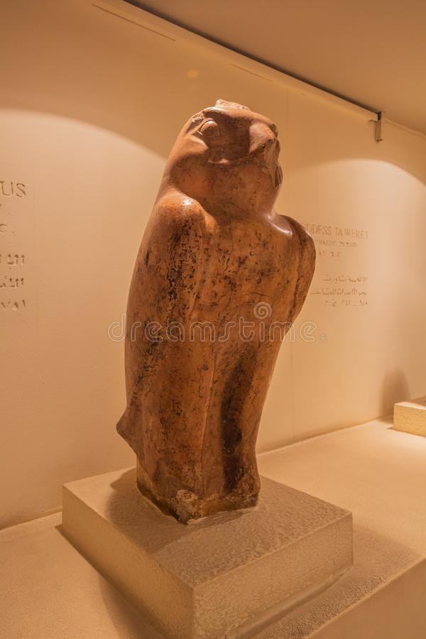 Vogelstatue von Horus lizenzfreies stockbild