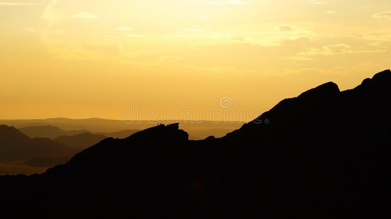 Voie à la crête de montagne photo libre de droits