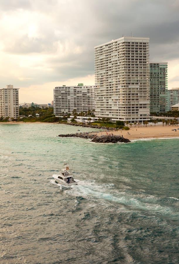 Voie d'eau Inter-coastal en pi Lauderdale images stock