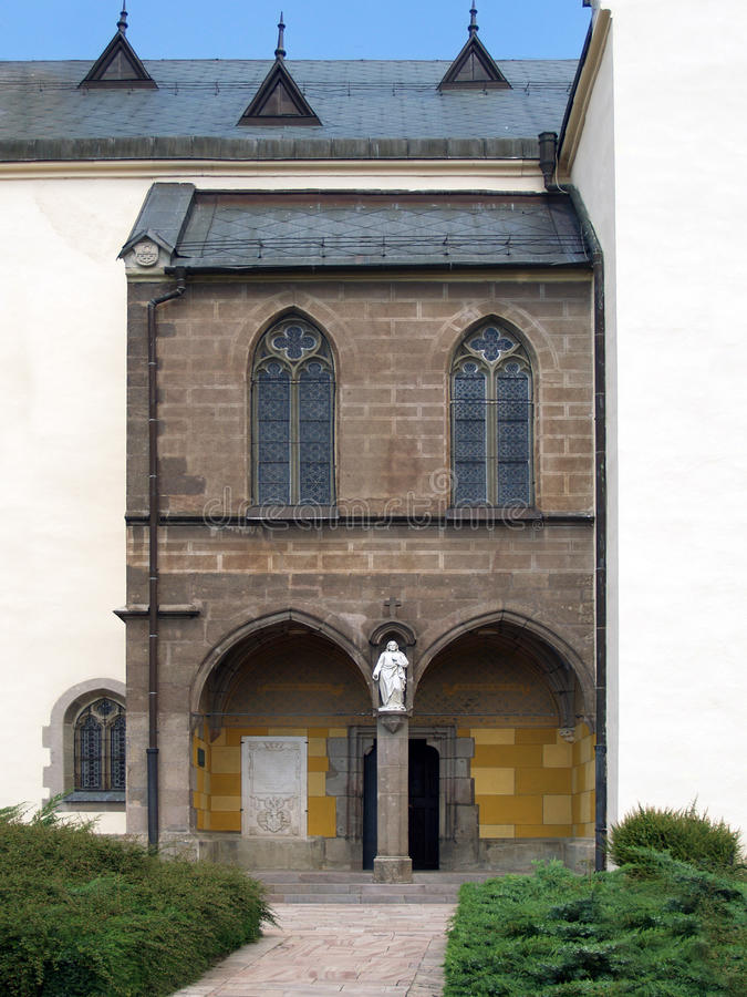 Voie de base d'église de St Catherine, Kremnica photo libre de droits