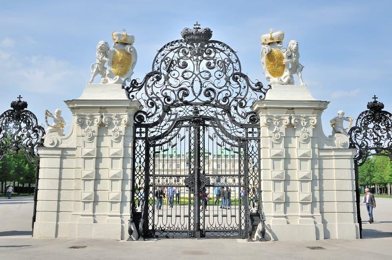 Voie de base du palais supérieur de belvédère, Vienne images libres de droits