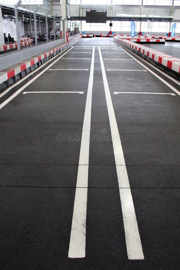 Voie de Karting commençant la grille photo stock