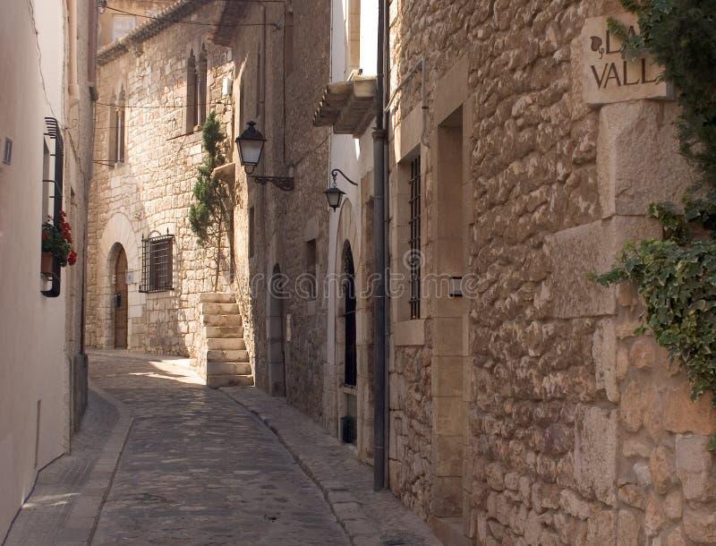 Download Voie de Sitges image stock. Image du ruelle, maisons, voie - 733817