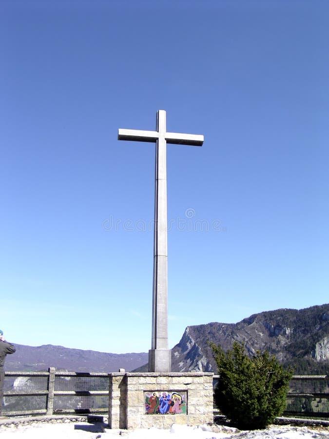 Voie de sommet de la croix images libres de droits