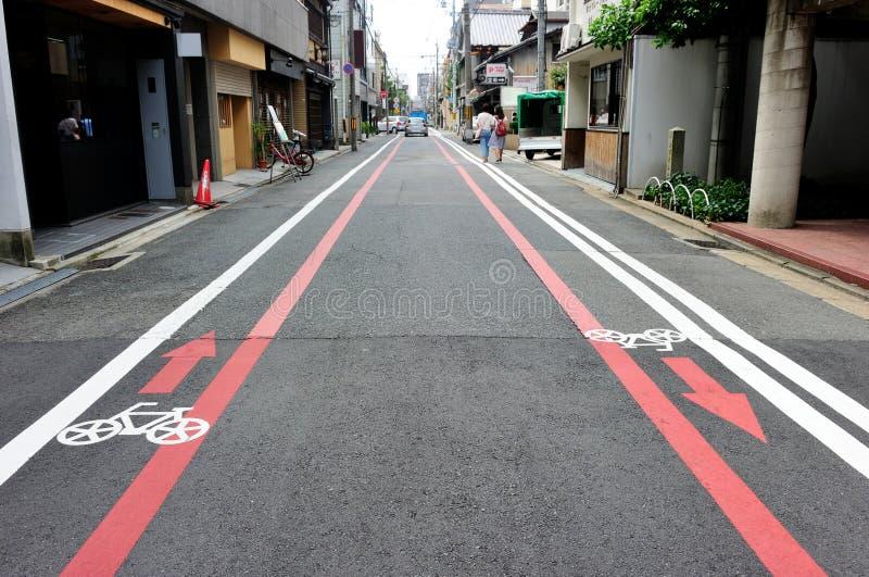 Voie pour bicyclettes dans la région de Kyoto, Japon images libres de droits