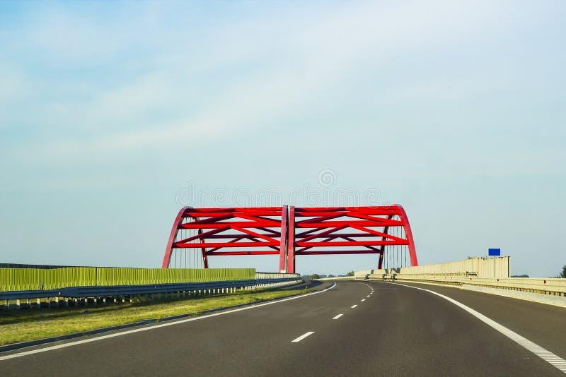 Voie rapide d'asphalte vide Long omnibus image libre de droits