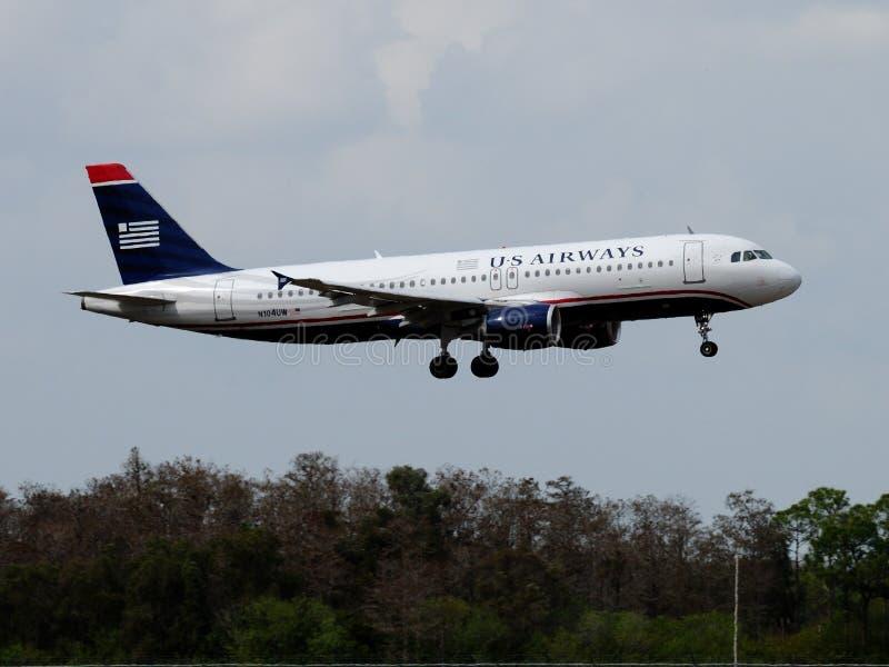 Voies aériennes Airbus A320-214 des USA image stock