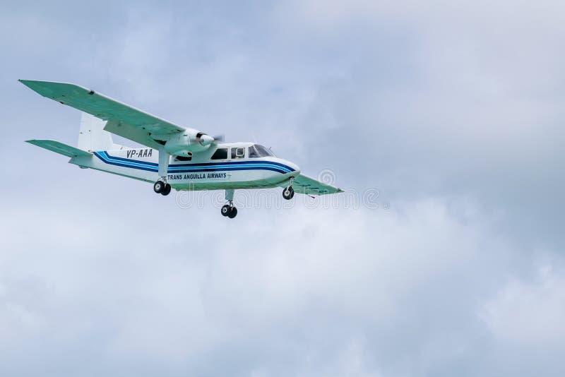 Voies aériennes VP-AAA, un avion Britten-normand de transport Anguilla de l'insulaire BN-2A-21 photographie stock libre de droits