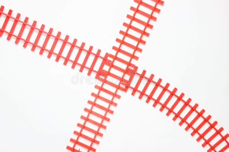 voies ferrées de jouet sur le fond blanc Vue supérieure image libre de droits