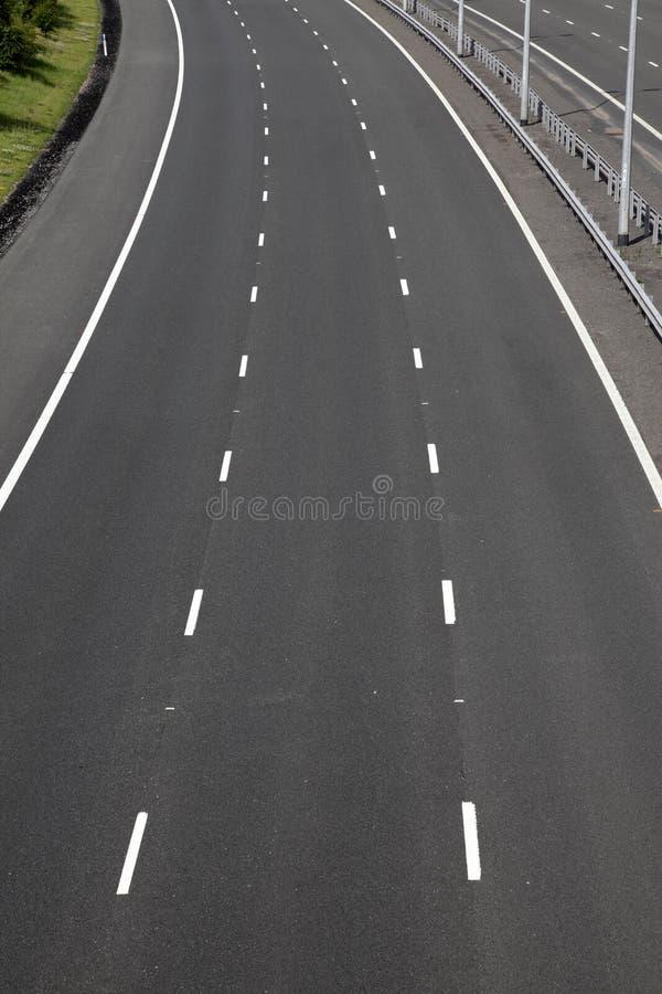 Voies vides d'autoroute image stock
