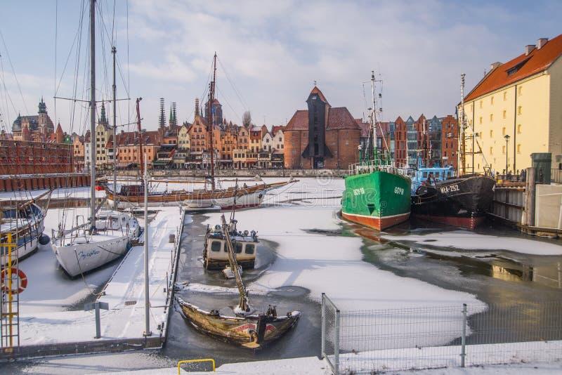 """Voiliers amarrant dans l'horaire d'hiver dans le """"SK de GdaÅ image stock"""