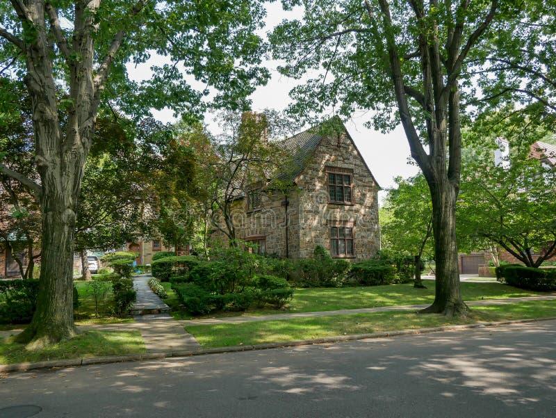 Voisinage résidentiel de Forest Hills photo stock