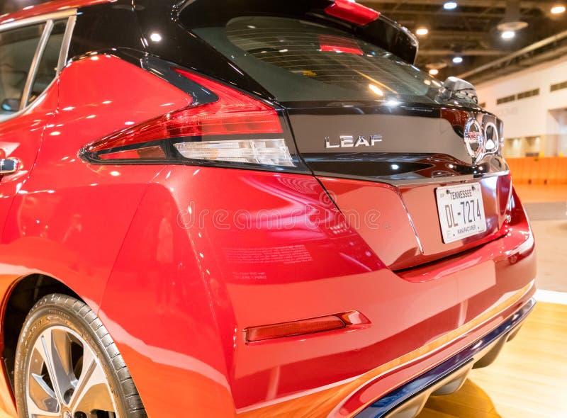 Voiture 2018 électrique de nouvelle FEUILLE de Nissan photographie stock libre de droits
