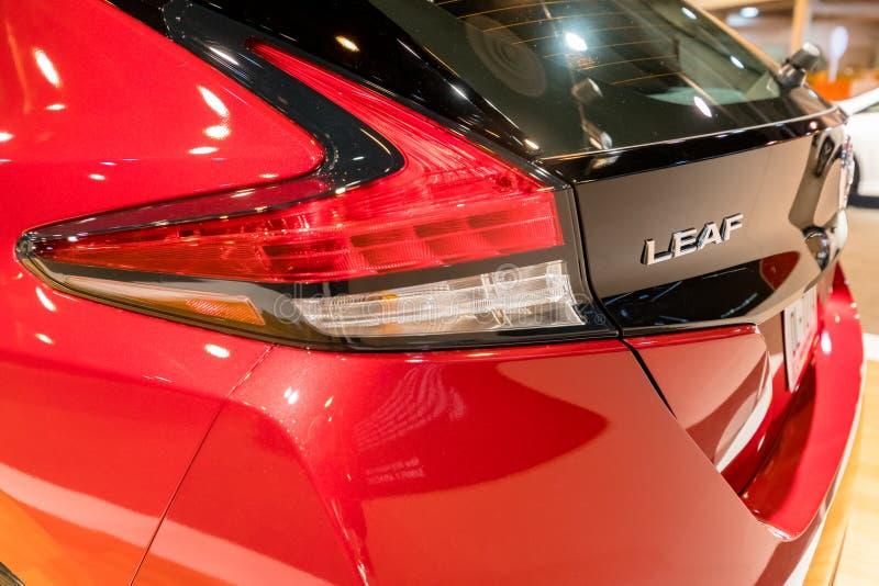 Voiture 2018 électrique de nouvelle FEUILLE de Nissan photo stock
