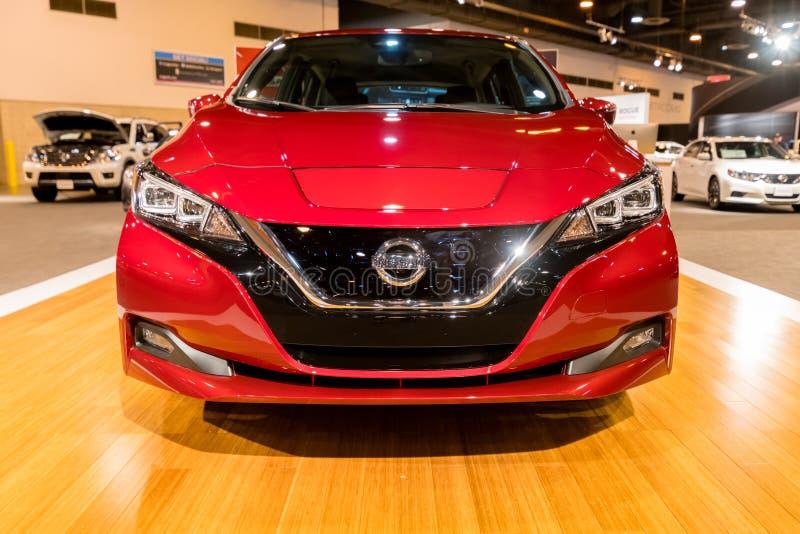 Voiture 2018 électrique de nouvelle FEUILLE de Nissan photos stock