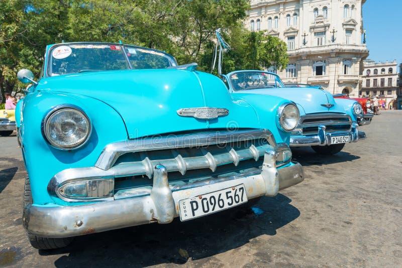 Voiture américaine de vintage coloré à La Havane photo libre de droits