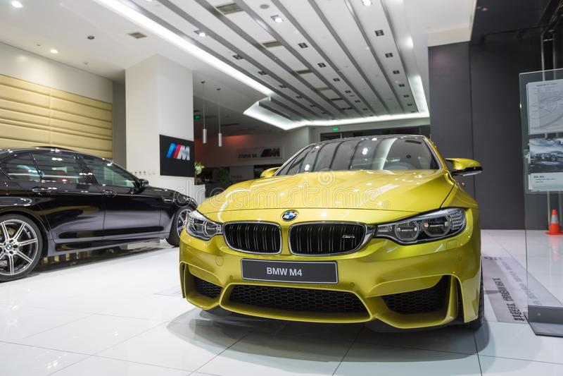 Voiture de BMW M4 à vendre photos libres de droits