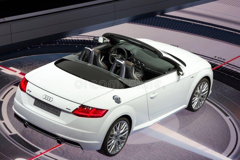 Voiture de convertible d'Audi TTT photo stock