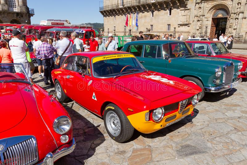 Voiture de course d'Alfa Romeo GT de cru image libre de droits