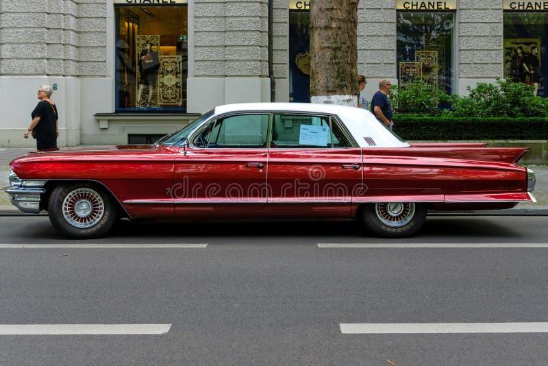 Voiture de luxe normale Cadillac Fleetwood, 1962 photographie stock libre de droits