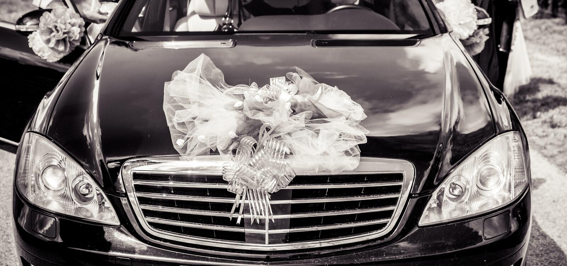 Voiture de mariage photos stock