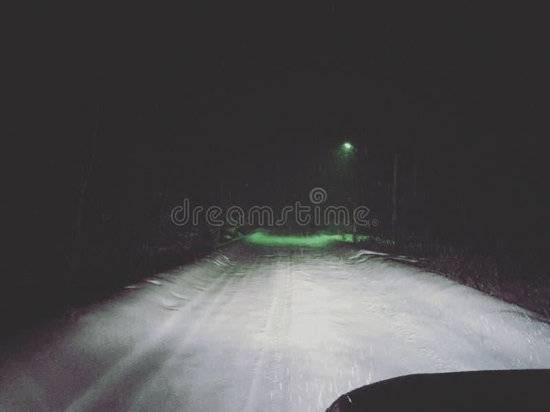 Voiture de nuit image stock