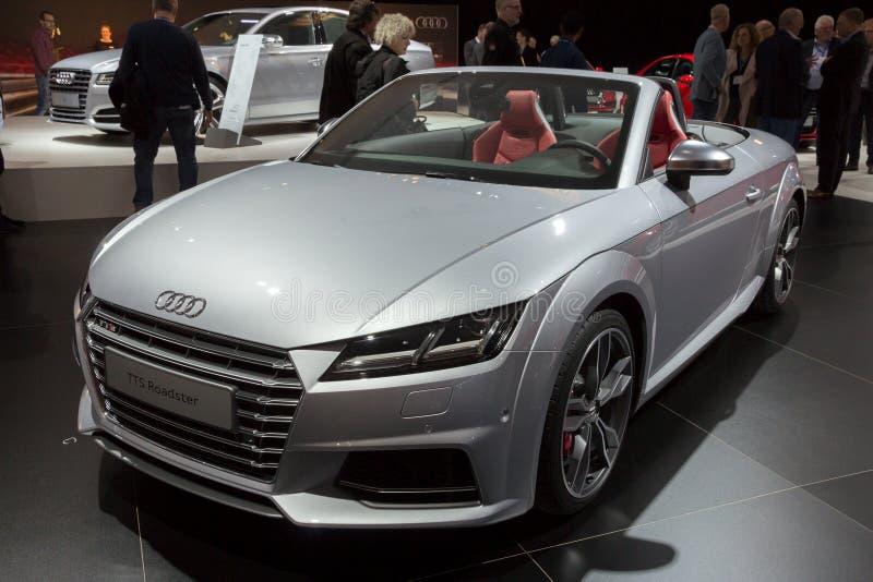 Voiture de roadster d'Audi TTS image libre de droits