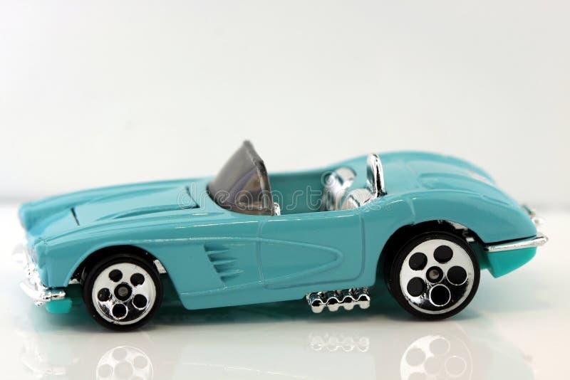 Voiture de sport bleue de jouet image stock