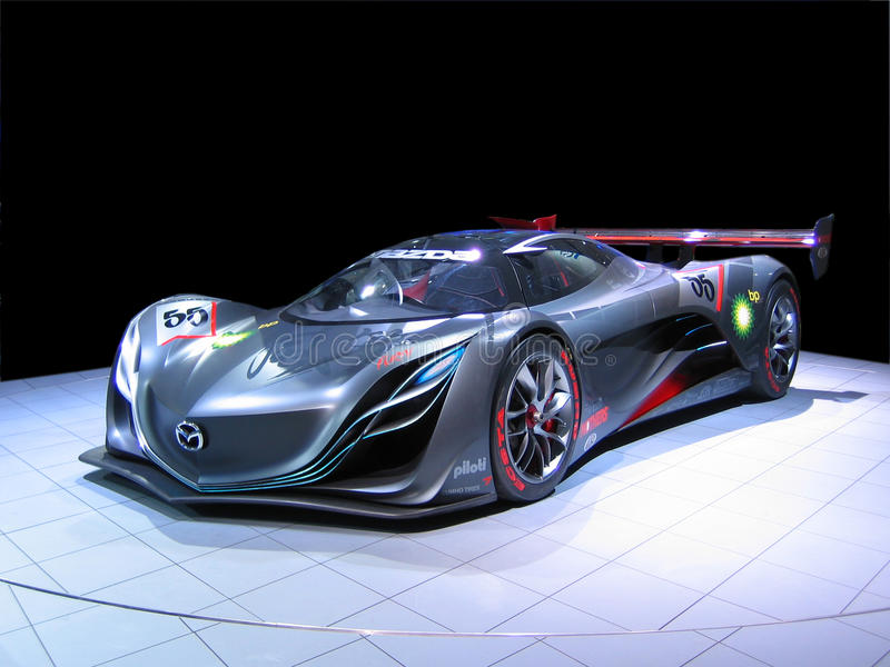 Voiture de sport de concept de Mazda Furai d'isolement images stock