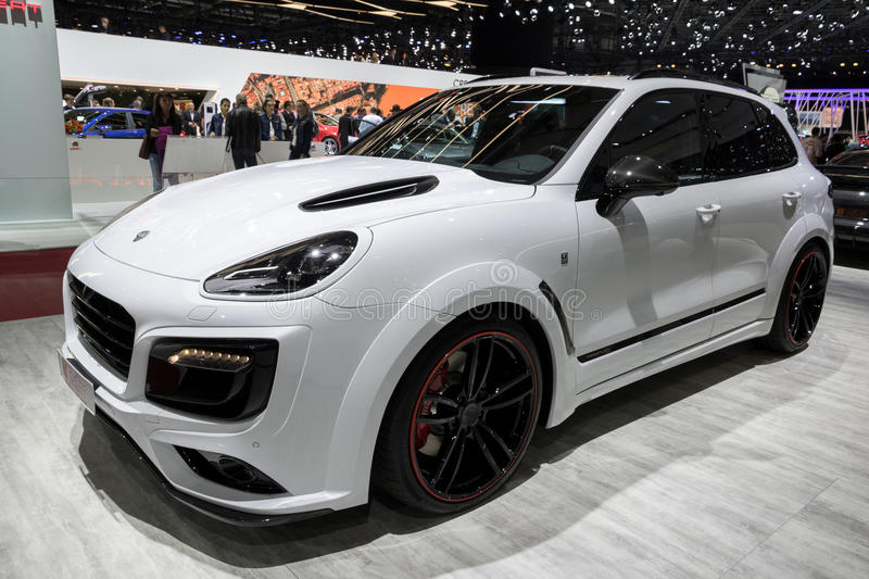 voiture de suv de magnum de porsche cayenne turbo s techart photo stock ditorial image du. Black Bedroom Furniture Sets. Home Design Ideas