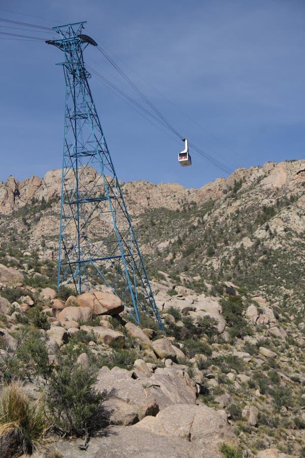 Voiture de tram de Sandia à la tour - orientation verticale photos libres de droits