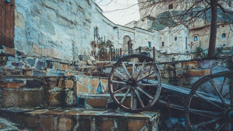 Voiture en pierre de chariot de Chambre et de chariot photo stock