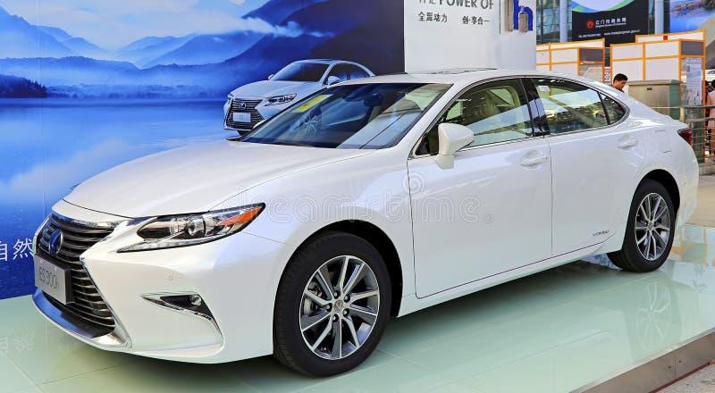 Voiture 2015 hybride de Lexus es300h image libre de droits