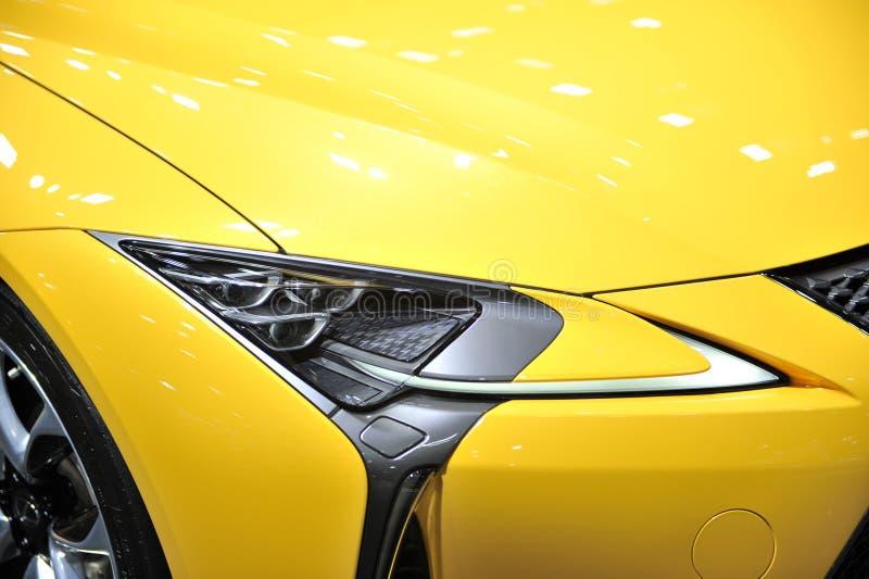 voiture menée de lampe des véhicules à moteur photo stock