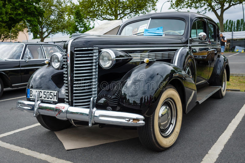 Voiture normale Buick Century, 1938 photos stock
