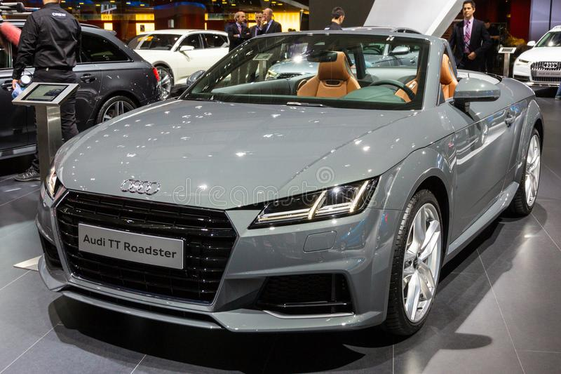 Voiture s de roadster d'Audi TTT photo libre de droits